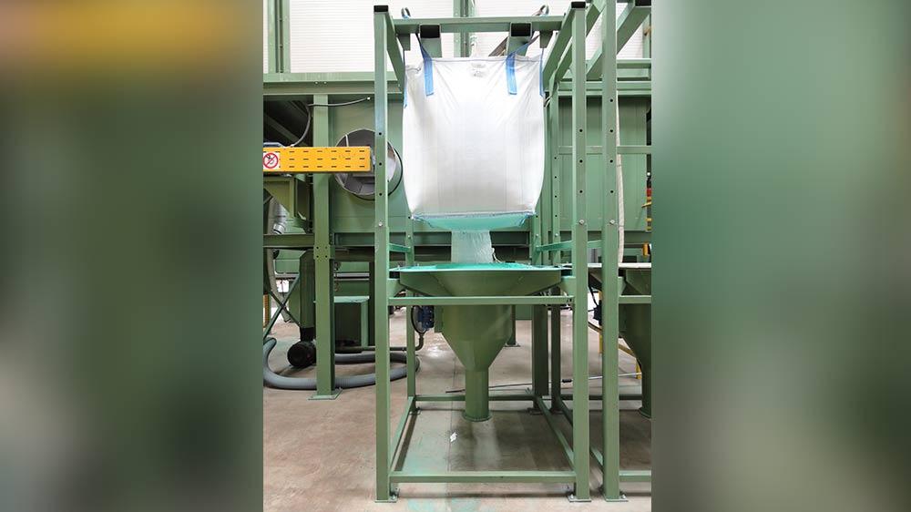 Caricatore polvere automatico